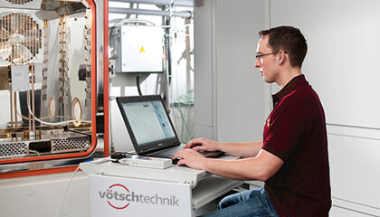 DakkS–Cleanroom solutions and safety workbenches and workspaces to protect patients and employees in the pharmaceutical industry.
