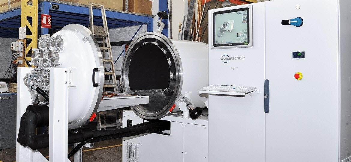 Radiall places its trust in vacuum chambers by Weiss Technik