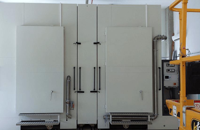 Calorimetric chamber for materials testing